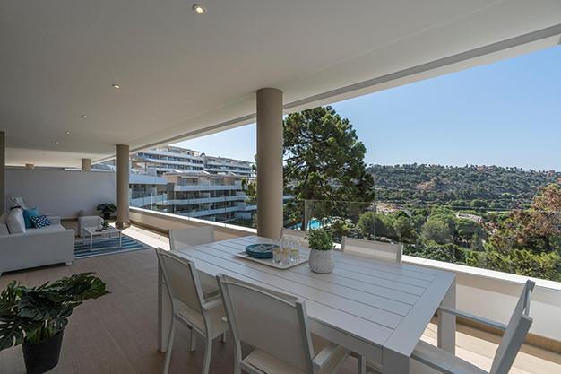 TERRAZA BENEHAVIS - Vive rodeado de espacios verdes con este apartamento de lujo en Málaga
