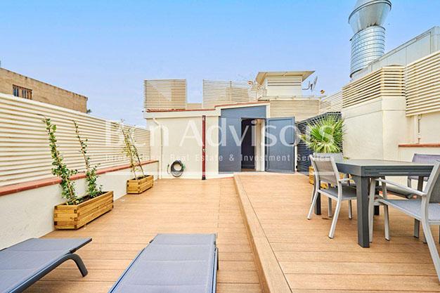 Terraza atico lujo Barcelona - Este precioso ático de lujo en Barcelona puede ser tu próximo hogar en la Ciudad Condal