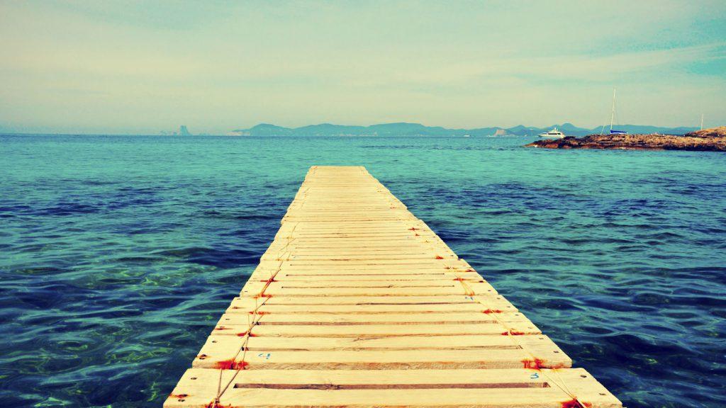 Turismo Playas Los Viajes 122248418 4460460 1706x960 1024x576 - Las mejores playas de España para visitar durante el verano