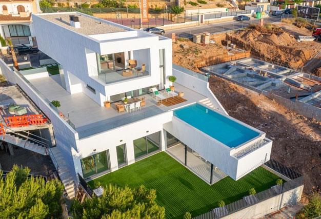 Villa de lujo en Alicante luminosa y muy espaciosa - Villa de lujo en Alicante: luminosa y muy espaciosa