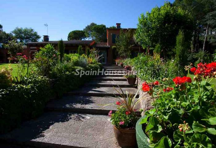 accesocasa - Fantástica finca en la ciudad medieval de Besalú (La Garrotxa, Girona)