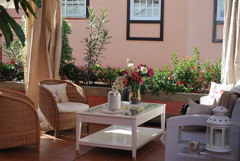 adeje tenerife 1 - 15 viviendas que ya se visten de primavera: flores y espacios abiertos para disfrutar