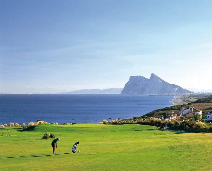 alcaidesa - Verde, sol y mar: 19 fantásticas viviendas a buen precio en campos de golf en España