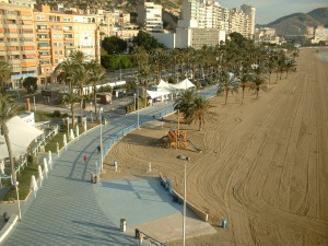 alicante 300x225 - Alicante tira del mercado valenciano. Valencia y Castellón con importantes bajadas de precios.