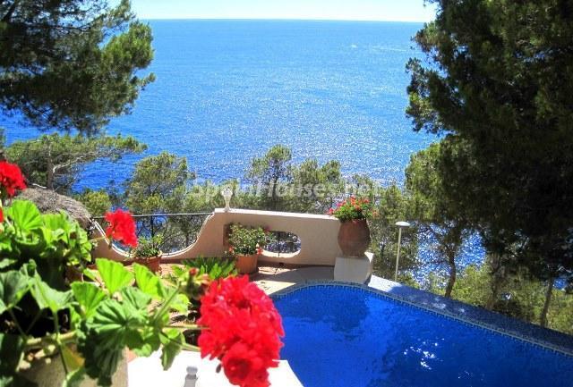 andratx mallorca 1 - 15 preciosas y modernas casas con espectaculares piscinas que miran al mar