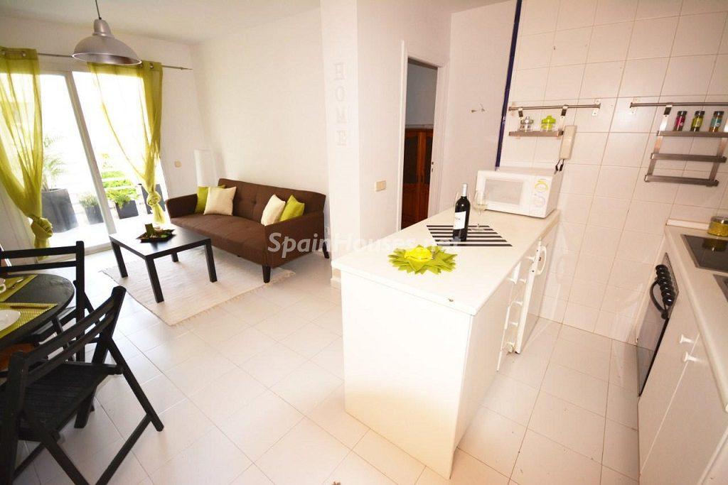 andratx mallorca 1024x683 - ¡A la caza de gangas en Baleares! 15 apartamentos y pisos entre 59.900 y 100.000 euros