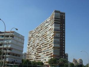 apartamentos 300x225 - La vivienda, fuera de las principales preocupaciones de los españoles
