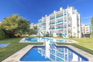 apartamentos javea 300x200 - La vivienda en la costa inicia el fin del ajuste: 35 localidades ya suben los precios