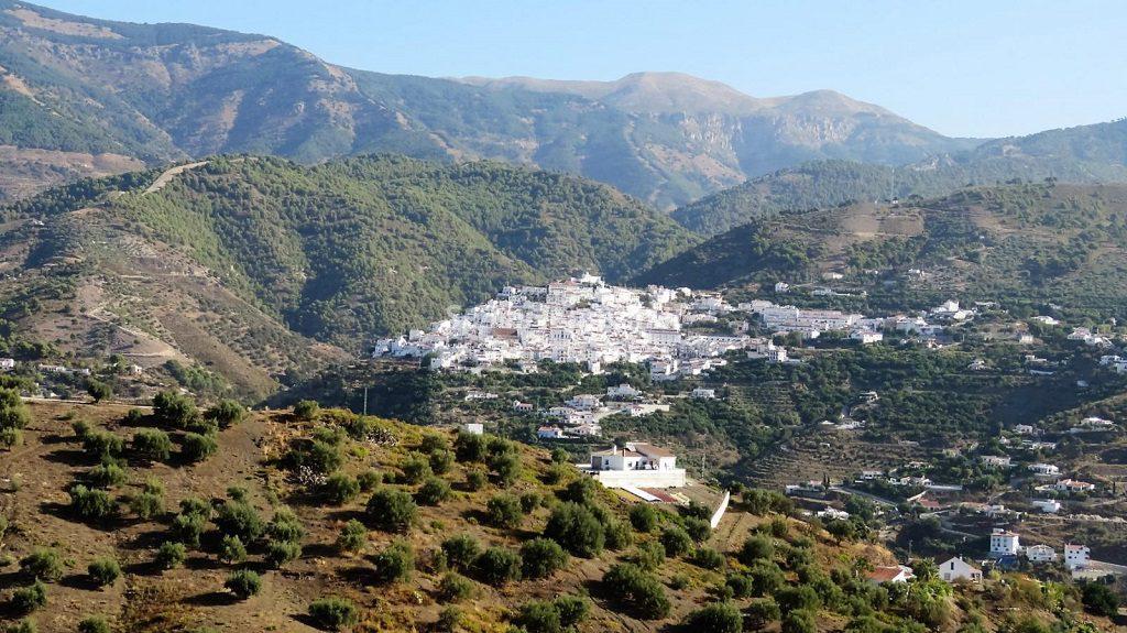 archez malaga 1024x575 - La mitad de los pueblos de España están en riesgo de extinción