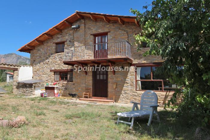 aren huesca - Nieve, piedra, madera... en 8 bonitas casas y pisos en la montaña