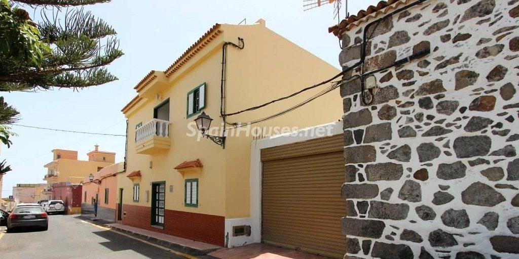 """arona tenerife 8 1024x512 - """"Black Friday"""" inmobiliario: 16 bonitas viviendas con rebajas superiores al 30%"""