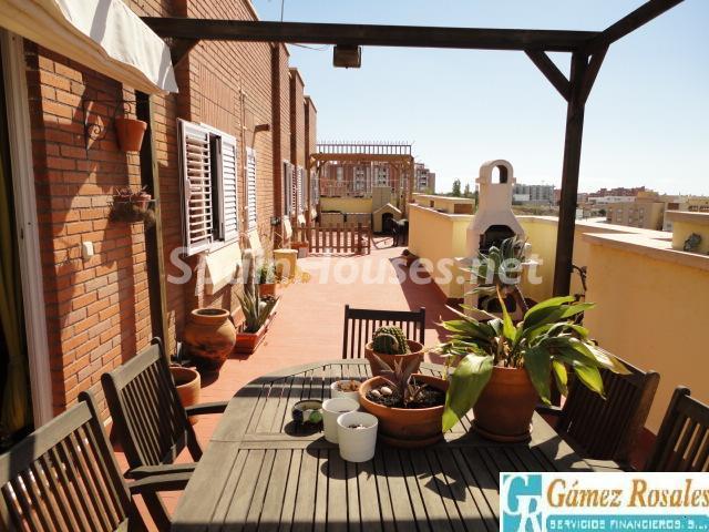 atico almeria - A la caza de gangas en Almería: 14 casas y pisos por menos de 96.000 euros en Mojácar, Níjar...