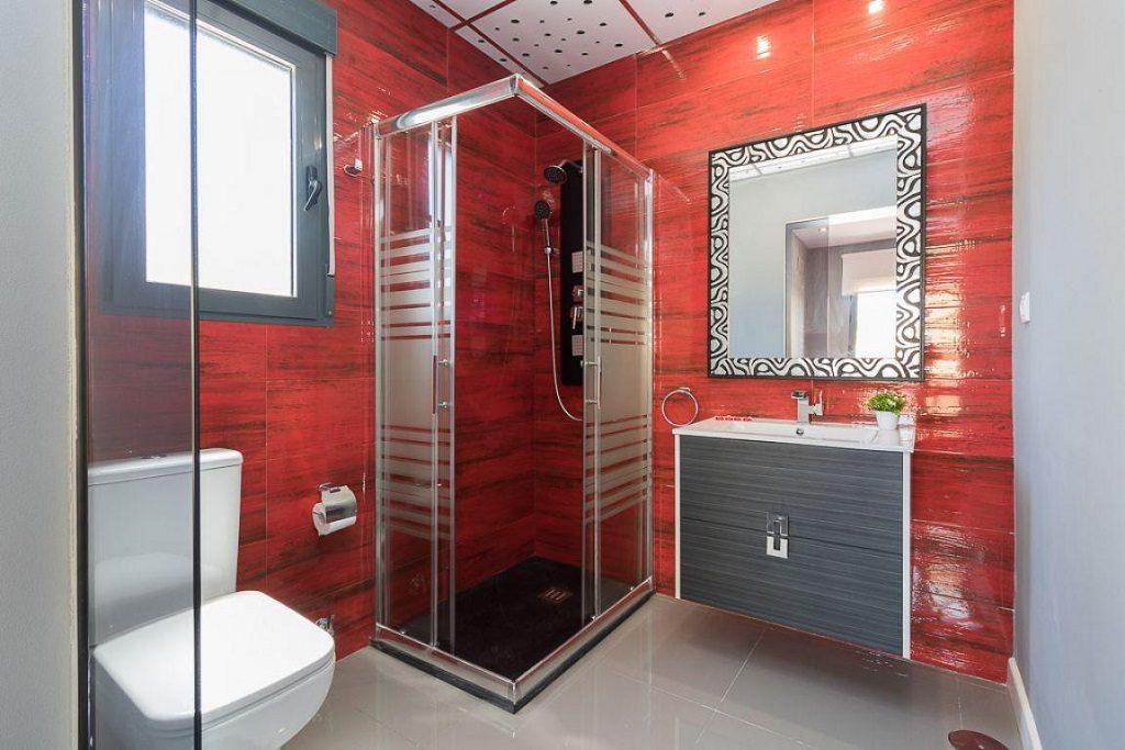 baño 64 1024x683 - Preciosa casa de diseño en Orihuela Costa (Costa Blanca), en 2ª línea de playa