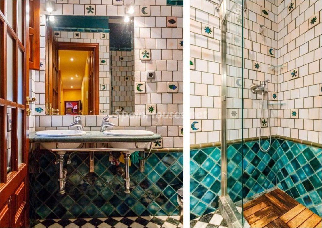 baño2 1 1024x726 - Color tierras florentinas y sabor urbano en una casa en el Casco Antiguo de Sevilla