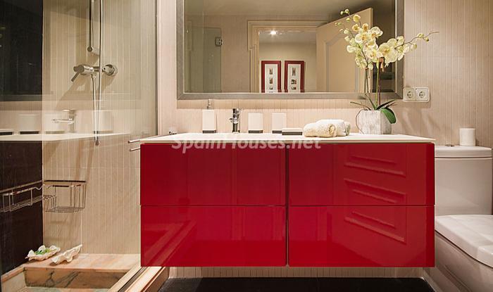 baño47 - Elegancia, espacio y luz en una fantástica casa en Port d'Aiguadolç, Sitges (Barcelona)