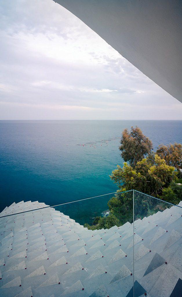 balconyvistas1