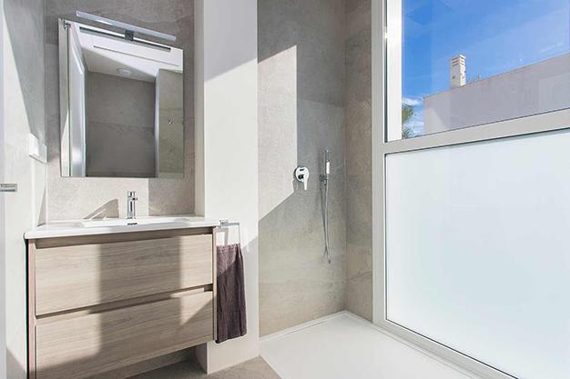 bano 2 1 - Casa cerca de la playa en Alicante con calidades de lujo