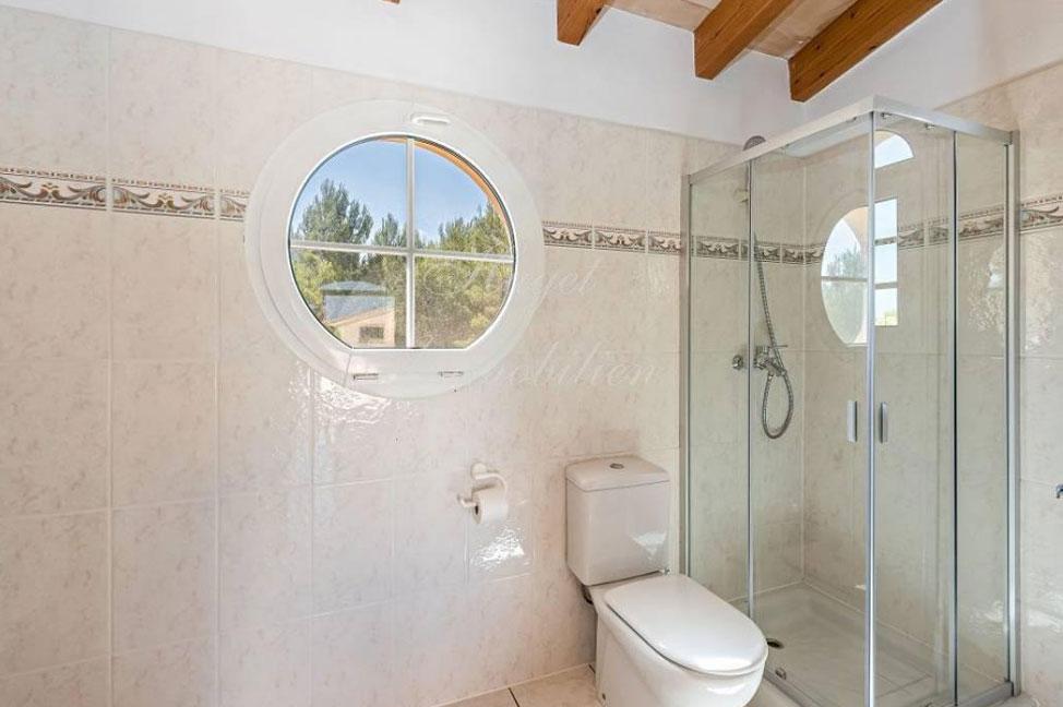 bano2 - Maravillosa villa de estilo mallorquín: gran privacidad junto a la costa