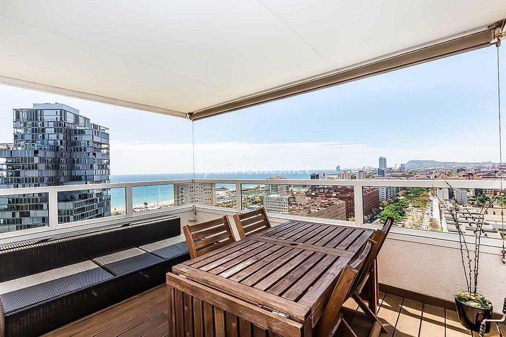 barcelona diagonalmar 1024x682 - 12 áticos, pisos y apartamentos con espectaculares y modernas terrazas que miran al mar
