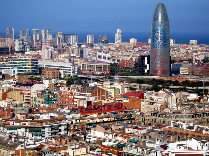 barcelona2 - La compra-venta de pisos en Cataluña crece un 37% en un año