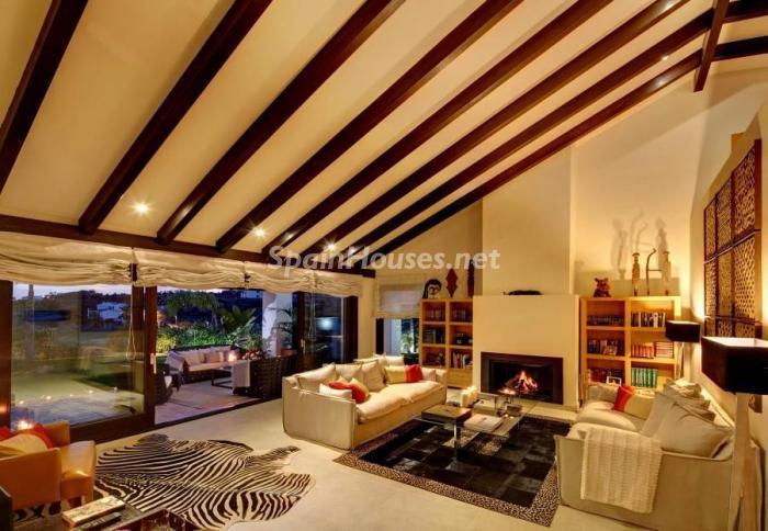 benahavis malaga 1 - 16 fantásticas casas con chimenea y rincones de calidez para los últimos días del invierno