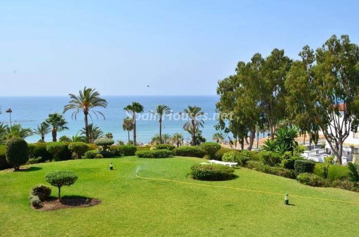 benalmadena costa1 - A la caza de gangas: 14 apartamentos baratos en la playa con espectaculares vistas al mar