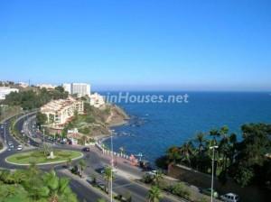 benalmadenacosta 300x224 - Las casas y pisos en la costa recuperan atractivo tras caer hasta un 80% su valor