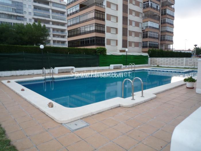 benicasim castellon - 15 bonitos pisos de 3 dormitorios con jardines y piscina por menos de 150.000 euros