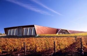 bodegas portia 300x195 - El edificio de Norman Foster para Bodegas Portia, premio al mejor diseño europeo de 2011
