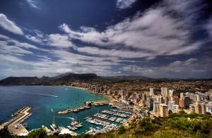 calpe 300x195 - En Alicante uno de cada dos pisos se vende a un extranjero