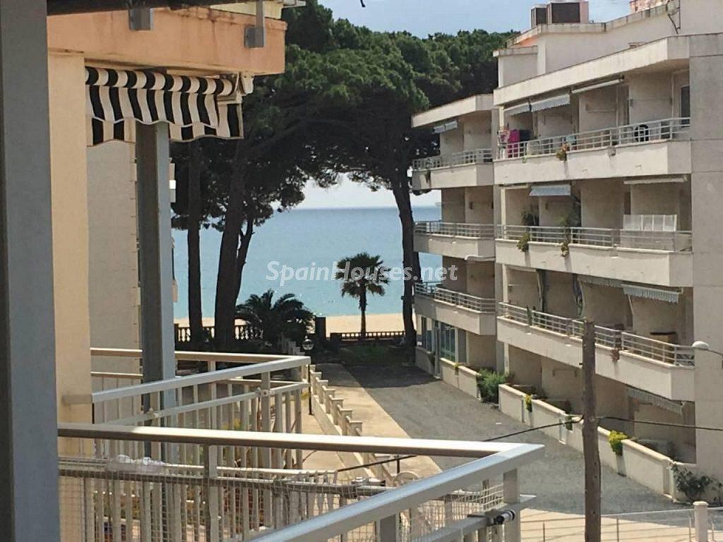 cambrils tarragona 3 1024x768 - ¡Gangas en Costa Dorada, Tarragona!: 22 bonitas viviendas entre 48.000 y 105.000 euros
