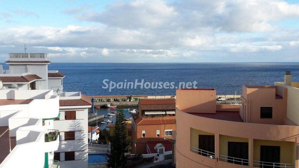 candelaria tenerife 1024x576 - 16 apartamentos de 1 dormitorio cerca del mar, por menos de 110.000 euros