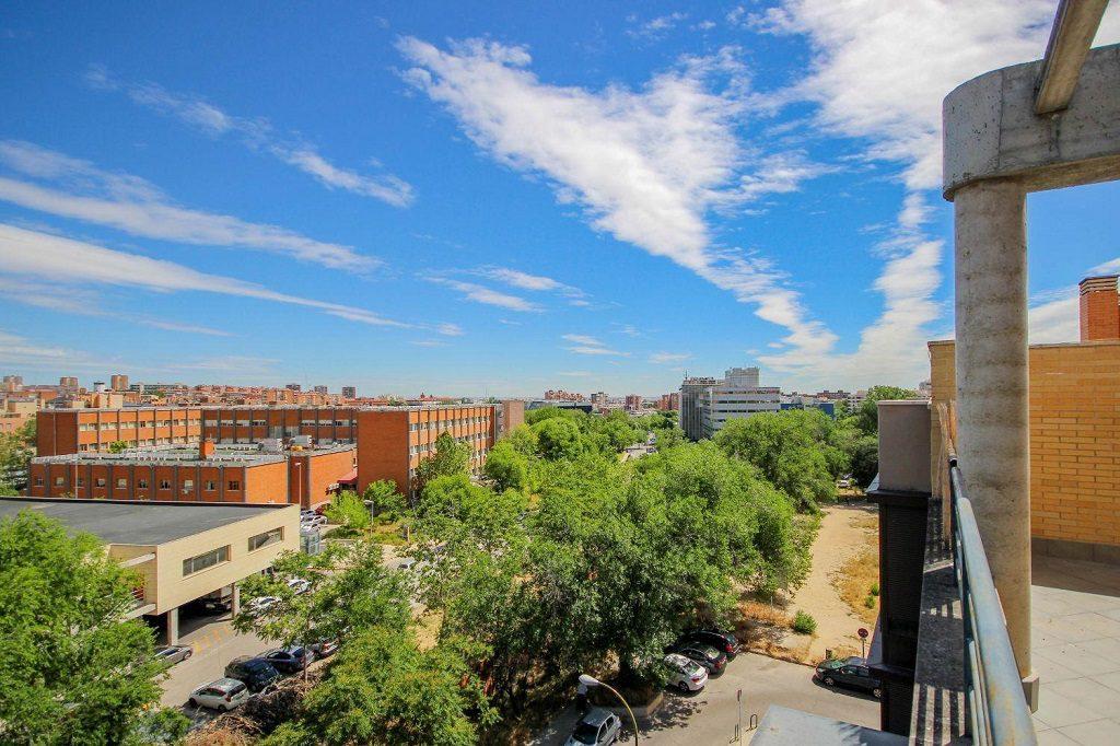 canillas hortaleza madrid1 1024x682 - La venta de pisos y casas subió un 13,9% en 2016, su máximo desde 2010