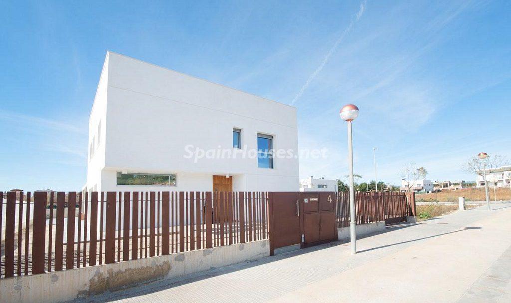 casa 10 1024x608 - Diseño escandinavo en una soleada casa junto a la playa en Cambrils (Costa Dorada)