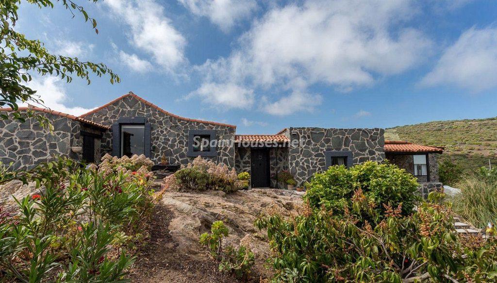 casa 15 1024x583 - Elegante y sereno toque otoñal en una bonita casa en Tafira, Las Palmas de Gran Canaria