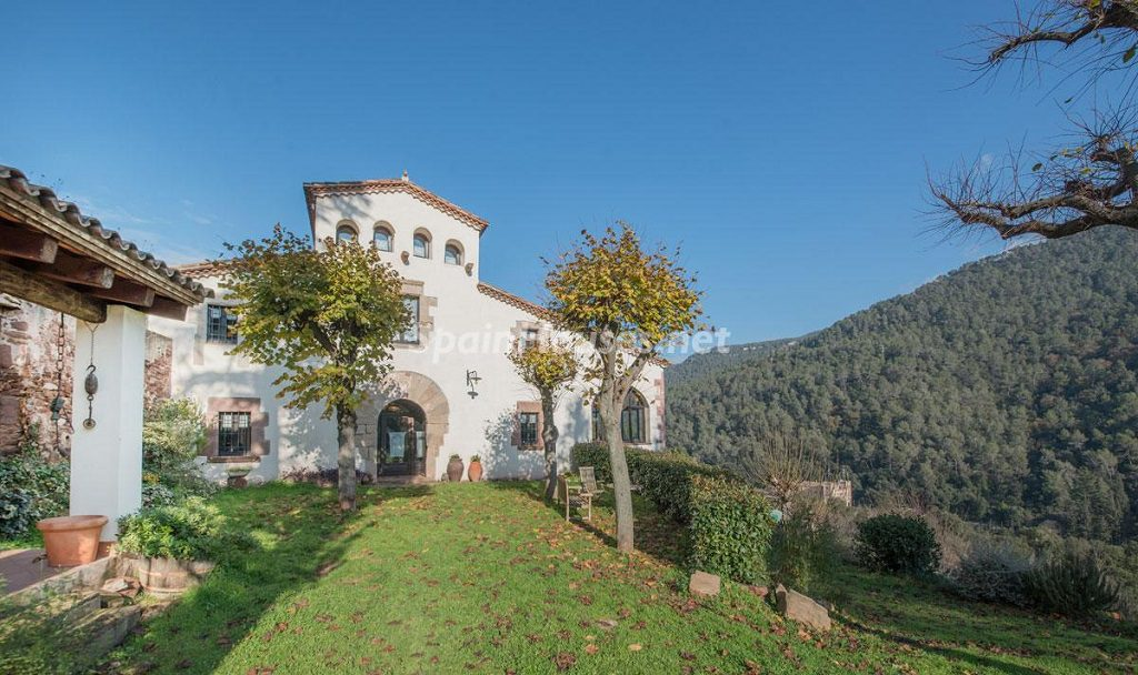 casa 17 1024x608 - Masía en la montaña: una escapada a la naturaleza a 33 km de Barcelona