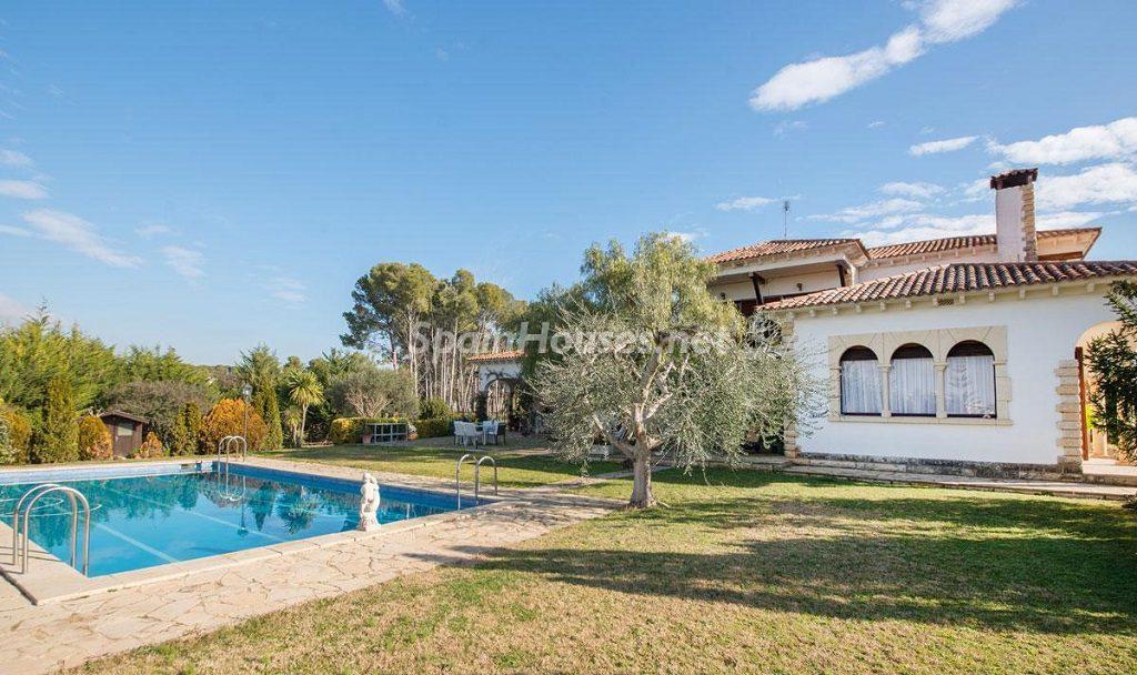 casa 21 1024x608 - Preciosa casa rústica entre viñedos y naturaleza en el Bajo Penedés, Tarragona