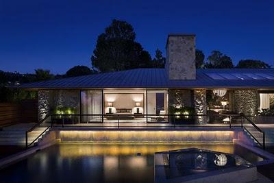 casa de jennifer aniston en beverly hills exterior - La mejor casa al mejor precio