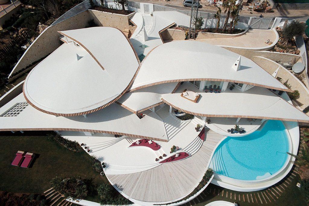 casa detalle panoramica 1024x682 - Espectacular villa en Puerto de Andratx (Mallorca), con un fantástico diseño de gaviota