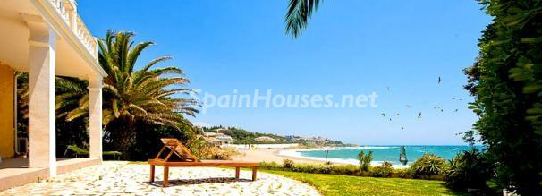 Casa en la playa en España