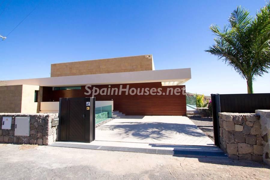 casa entrada 1 - Fantástica casa de diseño moderno en Monte León, San Bartolomé de Tirajana (Las Palmas)