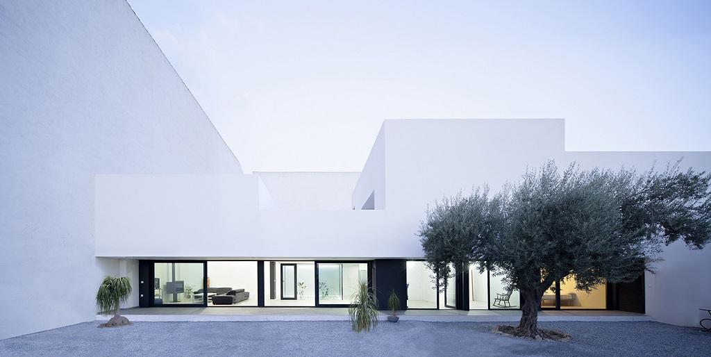 casa granada - Preciosa casa en Granada de líneas puras y blanco minimalista