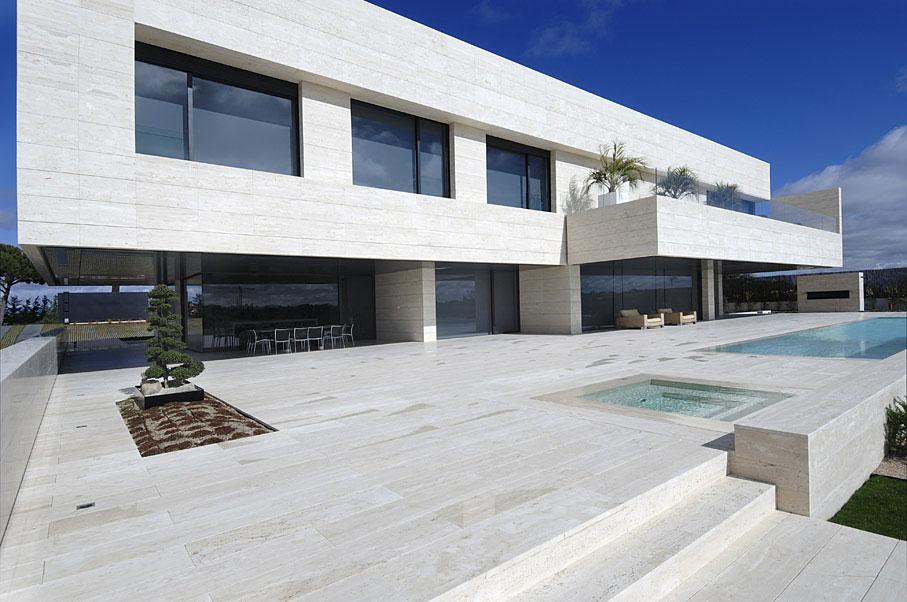 casa-marmoltravertino1