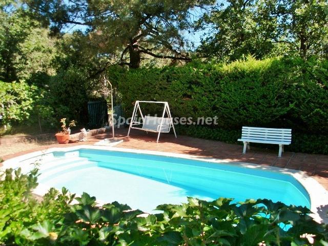 casa novahondilla - A la caza de gangas: 8 bonitas casas con piscina y jardín por menos de 125.000 euros