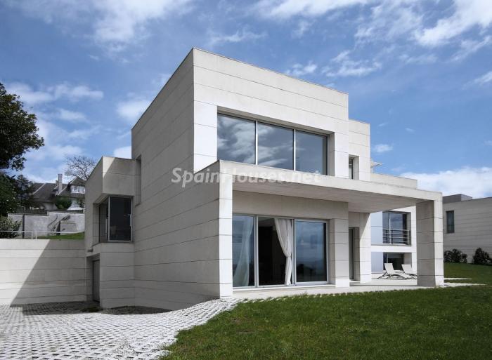 casa1 1 - Arquitectura bioclimática en un moderno chalet de diseño en Somió, Gijón (Asturias)