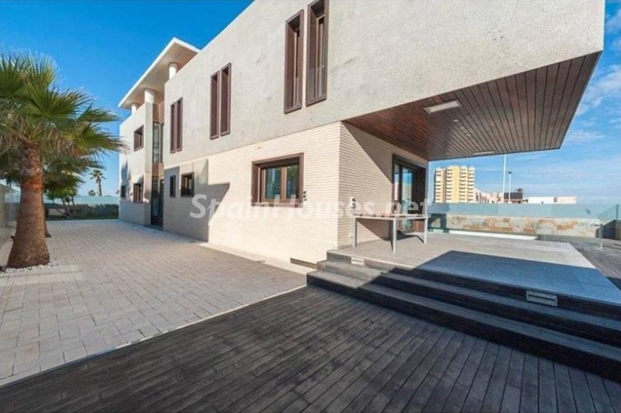 casa1 2 - Lujo entre dos mares: Casa en primerísima línea de playa en La Manga del Mar Menor (Murcia)