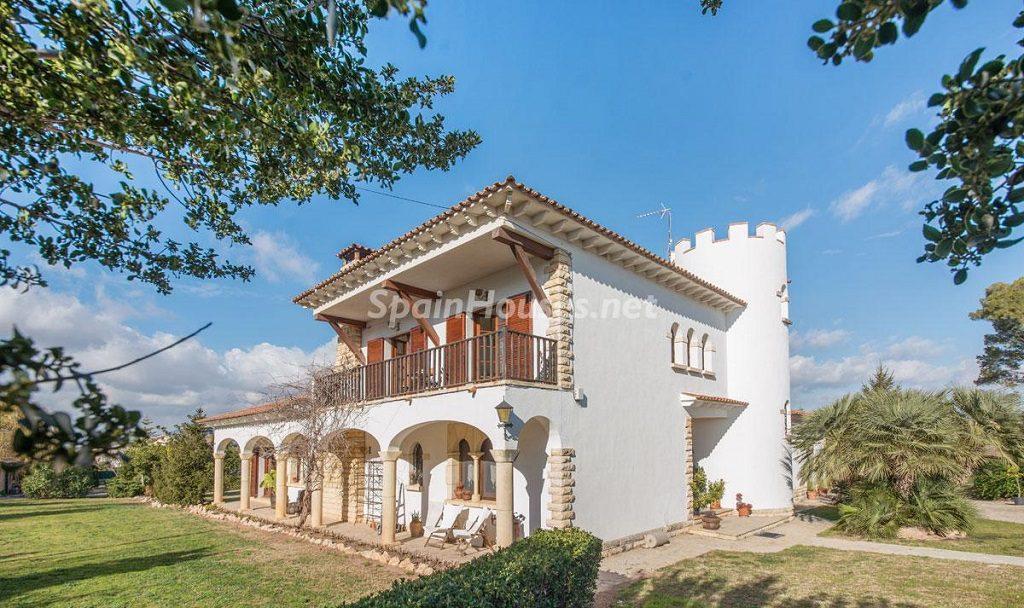 casa1 7 1024x608 - Preciosa casa rústica entre viñedos y naturaleza en el Bajo Penedés, Tarragona
