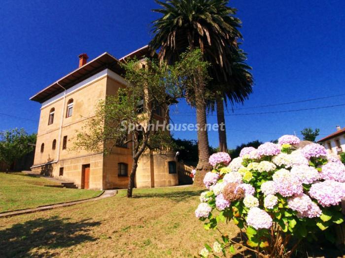 casa112 - Bonita casa de estilo indiano de principios de siglo XX en Ribadesella, Asturias