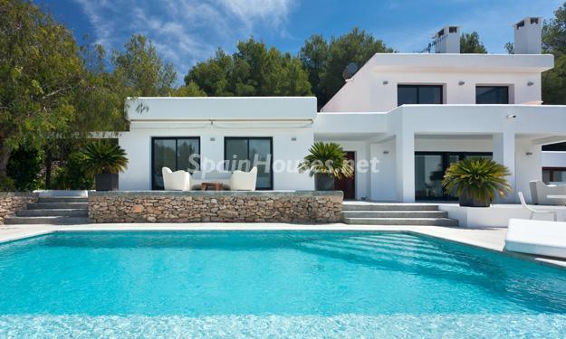 casa15 - Casa de la Semana: Preciosa villa de estilo minimalista en Ibiza, Islas Baleares