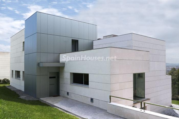 casa3 1 - Arquitectura bioclimática en un moderno chalet de diseño en Somió, Gijón (Asturias)